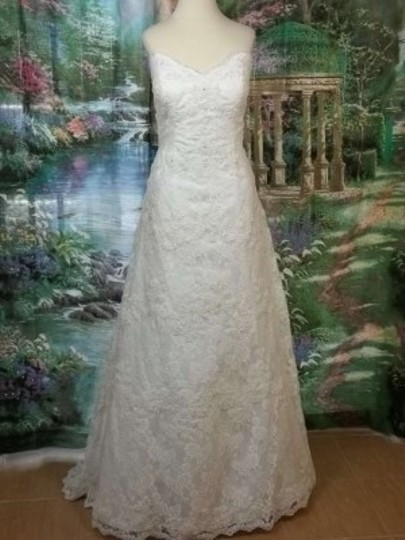 Preload https://item4.tradesy.com/images/alfred-angelo-ivory-lace-801-formal-wedding-dress-size-12-l-133078-0-0.jpg?width=440&height=440