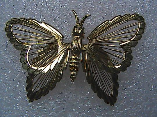 Vintage Monet Fashion Gold Tone Butterfly Pin Brooch