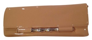 Elaine Turner Brown patent leather Clutch