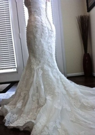 St. Patrick Ivory Lace and Tulle Gown Califa Couture Vintage Wedding Dress Size 10 (M)