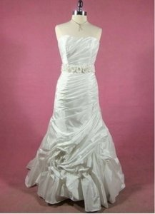 Alfred Angelo 214c Wedding Dress