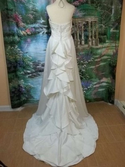 Alfred Angelo Ivory/Silver Faille 2201 Formal Wedding Dress Size 10 (M)
