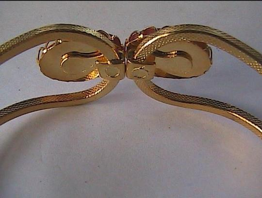 Vintage Gold Washed Lady Cuff cameo
