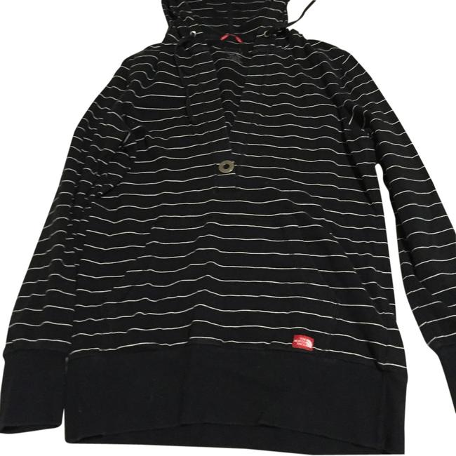 Preload https://item5.tradesy.com/images/the-north-face-sweatshirthoodie-size-8-m-13319734-0-1.jpg?width=400&height=650