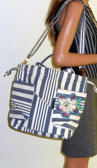 Marc by Marc Jacobs Brass Hardware White/Gray Stripes Embroidered Flower Logo Coach Shoulder Bag