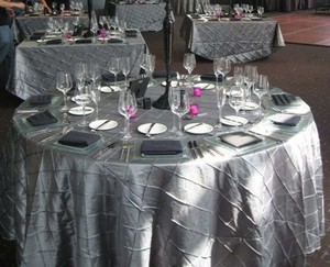 Silver / Grey 120 Inch Round Pintuck Tablecloth