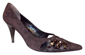 Bolsa Dark Suede Italian Size 38 7.5 8 Stacked Stiletto Heels New Boutique Studded Vinyl Trim Box Brown Pumps
