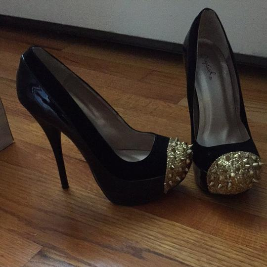 Qupid Black And Gold Platforms