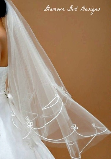 Embroidered Veil In White