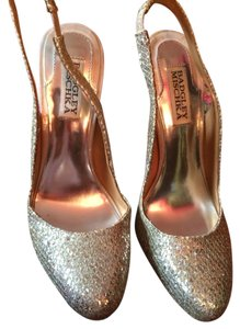 Badgley Mischka Gold And Silver Pumps