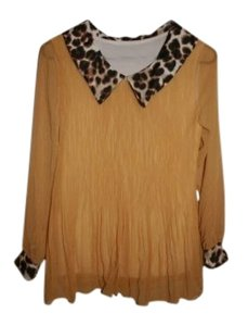 Preload https://item1.tradesy.com/images/yellow-blouse-size-6-s-133340-0-1.jpg?width=400&height=650
