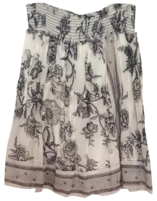 Preload https://item4.tradesy.com/images/max-studio-black-and-white-floral-a-line-size-4-s-27-1333638-0-0.jpg?width=400&height=650