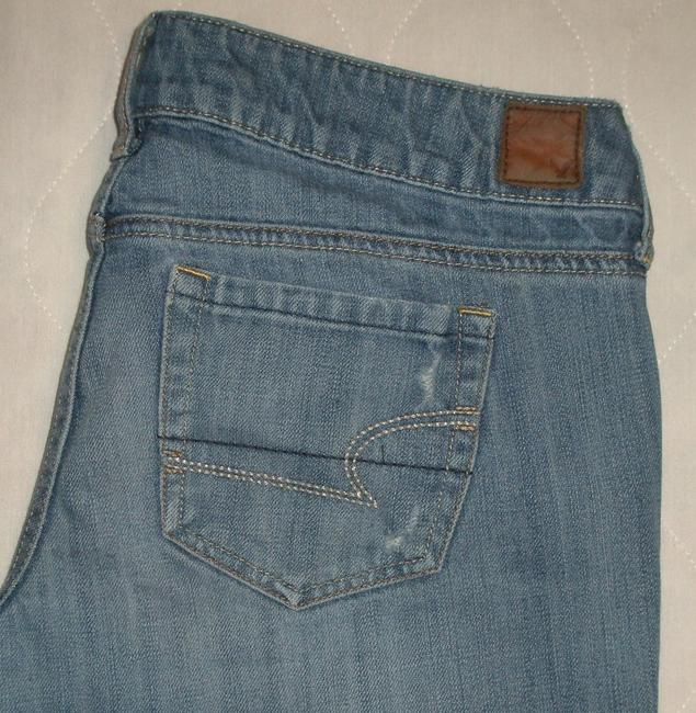 American Eagle Outfitters Classic 5 Pocket Style *zip Fly Cotton *machine Washable *low Rise *whiskering & Distressing Detail Destructed Wash Boyfriend Cut Jeans-Distressed