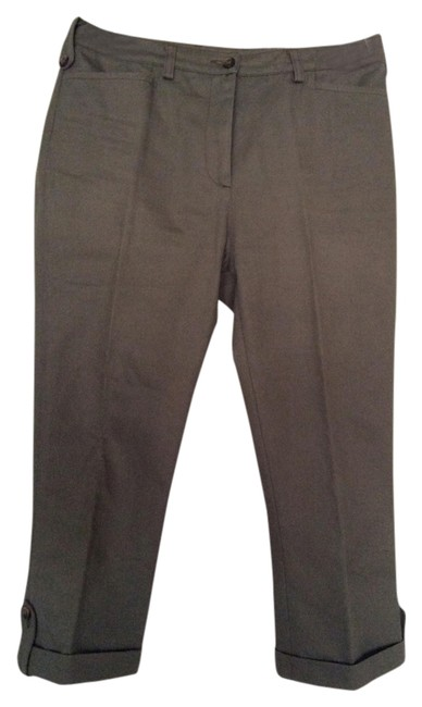 Preload https://img-static.tradesy.com/item/1333865/dolce-and-gabbana-olive-green-d-and-g-made-in-italy-capris-size-4-s-27-0-0-650-650.jpg