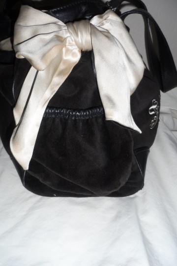 Juicy Couture Classic Velour Tote in Black