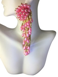 PINK Pink Dangling earrings Make a statement & Pink Beaded necklace