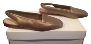 Enzo Angiolini Pinholes On Sides Of Gold Flats