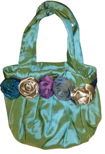 Preload https://img-static.tradesy.com/item/1334870/no-light-green-with-unique-roses-silk-like-tote-0-0-540-540.jpg