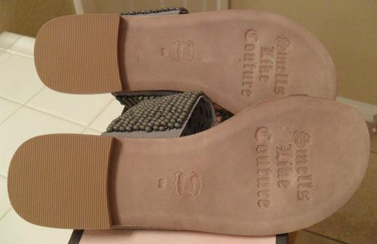 Juicy Couture Beaded Leather Bead Accents Gray Sandals