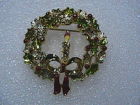Vintage Vintage Gold Tone Christmas Candle Brooch