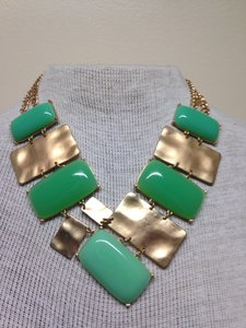 Other Gold tone/ light green necklace