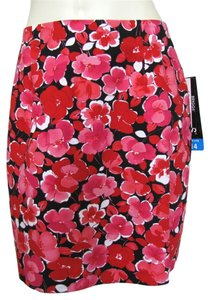 Briggs New Red Skirt pink black