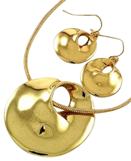 Other Gold Tone Pendant Necklace & Fish Hook Earring Set