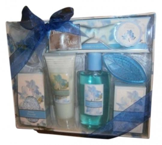 Preload https://item3.tradesy.com/images/garden-scents-boxed-fragrance-133682-0-0.jpg?width=440&height=440