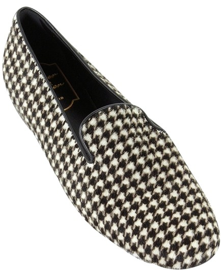 Preload https://item1.tradesy.com/images/roger-vivier-brown-white-black-and-cream-ponyhair-houndstooth-slippers-flats-size-us-7-regular-m-b-1336915-0-0.jpg?width=440&height=440