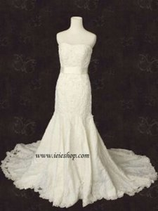 Martina Liana 346 Style Strapless Fit and Flare Lace Gown In Wedding Dress Size 4 (S)
