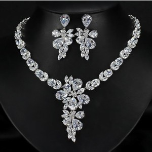 Ice Pear Flower Necklace And Earrings Set