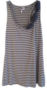 6 Degrees Striped Top