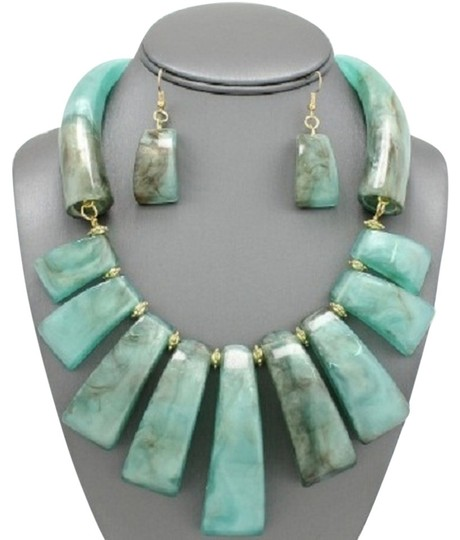 Preload https://item1.tradesy.com/images/turquoise-gold-tribal-bohemian-and-earrings-necklace-13378690-0-1.jpg?width=440&height=440