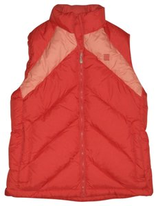 Lands' End 650 Fill Power Down: Nature's Insulator * Drioff Finish: Water Beads Up And Rolls Off *conveniently Packs Into Its Own Vest