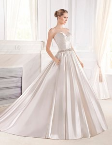 La Sposa Eulalia Wedding Dress