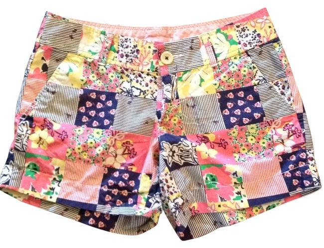 Preload https://img-static.tradesy.com/item/13380139/lilly-pulitzer-navy-patchwork-callahan-shorts-size-0-xs-25-0-1-650-650.jpg
