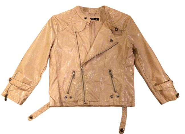 Preload https://item1.tradesy.com/images/members-only-camel-leather-jacket-1338045-0-0.jpg?width=400&height=650