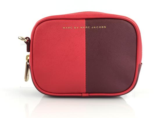 Preload https://item1.tradesy.com/images/marc-by-marc-jacobs-sophisticato-halfsies-camera-saffiano-red-leather-cross-body-bag-13381000-0-2.jpg?width=440&height=440