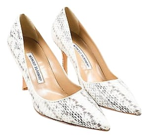 Manolo Blahnik White Watersnake Blixa Pointed Gray Pumps
