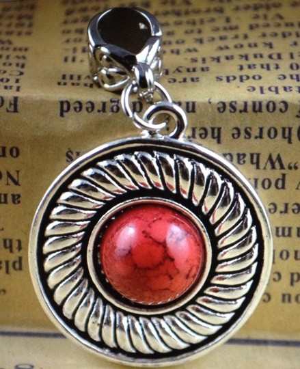 Handmade Tibet Silver Pendant On a Meshed Chain