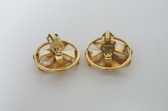 Chanel Chanel Vintage Pearl CC Logo Clip On Earrings Image 2