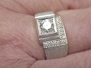 Estate Vintage Mens .76ct VSH Solitaire Diamond 14kt White Gold Ring