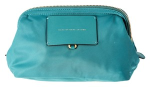 Marc by Marc Jacobs * MARC BY MARC JACOBS 'Preppy legend' makeup bag Green