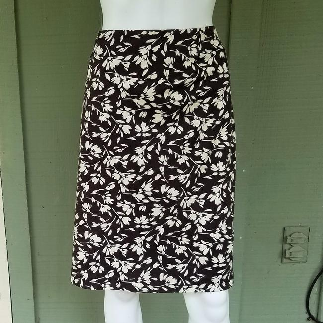 Preload https://img-static.tradesy.com/item/1338516/lauren-ralph-lauren-brown-ivory-floral-stretch-14p-skirt-size-petite-14-l-0-1-650-650.jpg