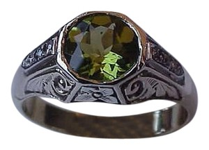 Other Vintage Art Deco Unisex Diamond Peridot Platinum and 14K Yellow Gold Enamel Ring Size 9, 1930s