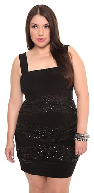 Preload https://item2.tradesy.com/images/torrid-black-new-sequin-splice-andor-1820-above-knee-night-out-dress-size-22-plus-2x-1338631-0-0.jpg?width=400&height=650