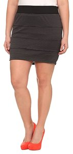 Torrid Striped 2x 18/20 Mini Skirt Black & Grey