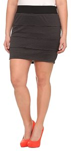 Torrid & Striped Mini 2x 18/20 Mini Skirt Black & Grey