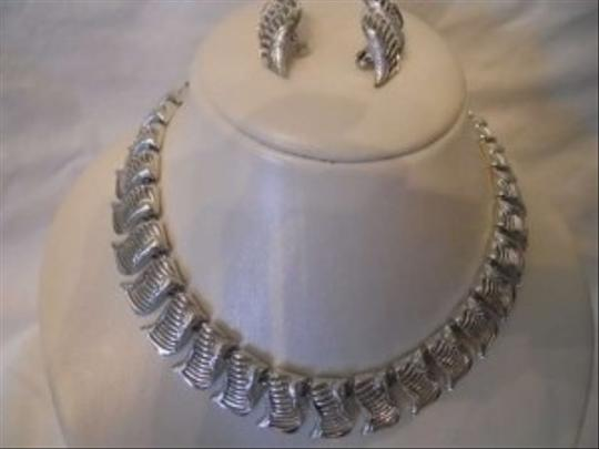 Other Vintage Coro Pegasus Grand Parure set