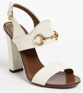 41770cbaca1980 Gucci Alyssa off white Patent Leather Horsebit Sandals Size 39.5 Block Heel   695